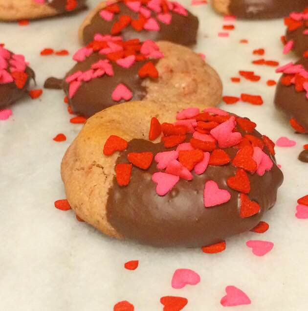 Chocolate-Dipped Strawberry Cookies