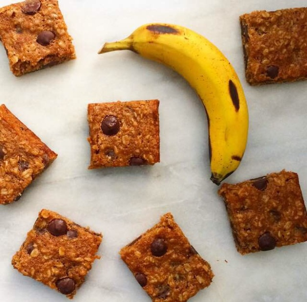 Whole Grain Banana-Chocolate Chip Bars