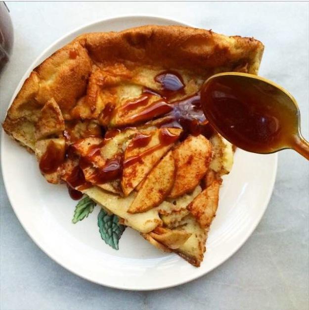 Caramel Apple Puff Pancake {Dutch Baby}