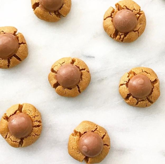 Lindor Truffle Peanut Butter Blossoms