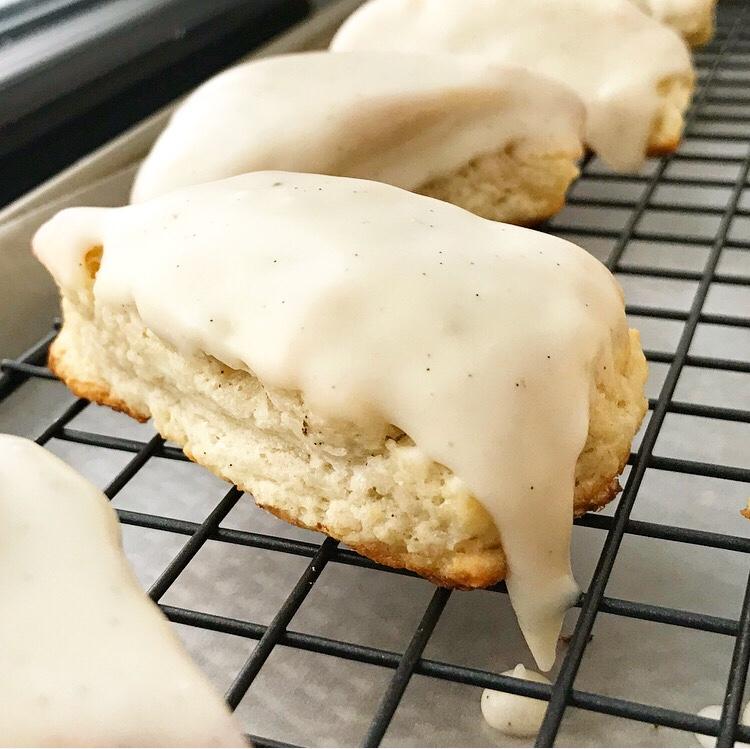 Vanilla Bean Cream Cheese Mini-Scones
