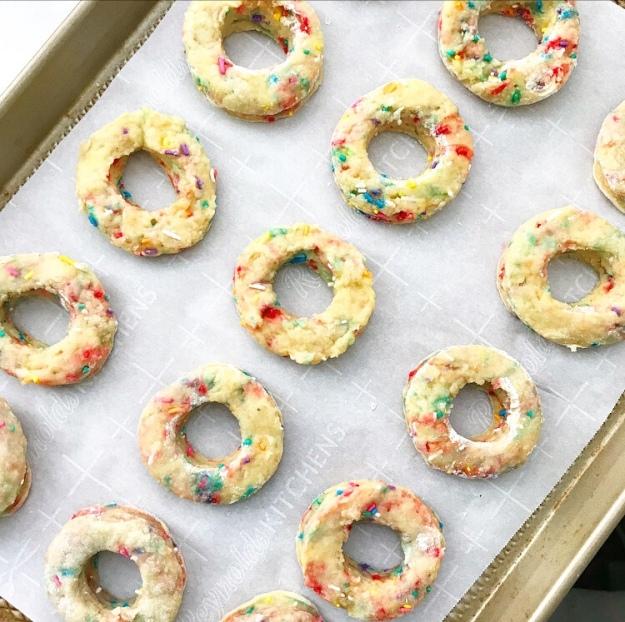 Funfetti Cake Doughnuts