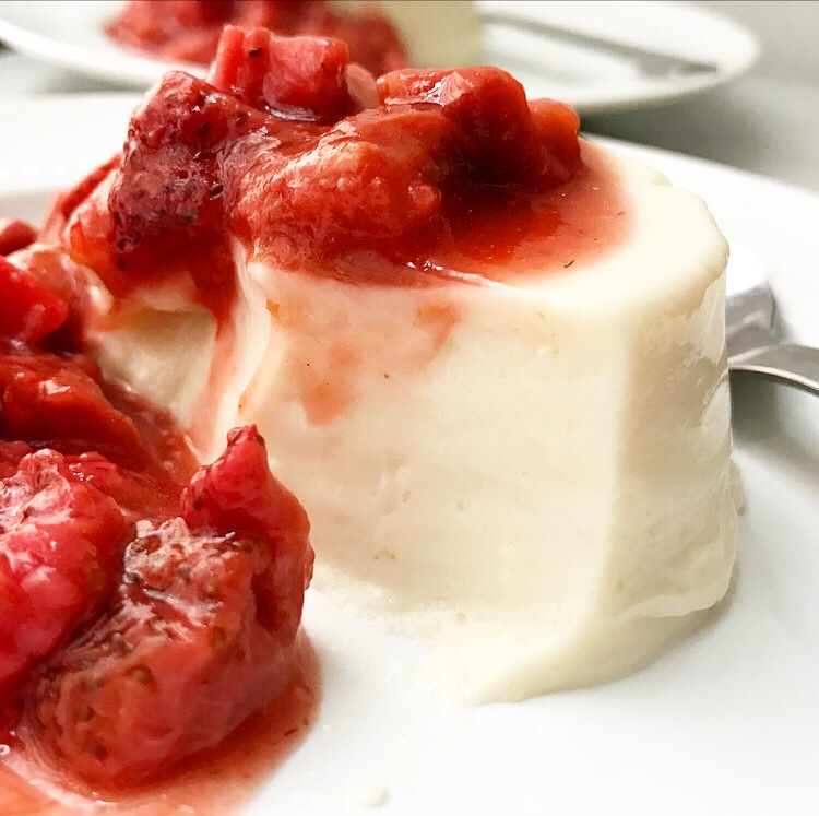 Buttermilk Panna Cotta with Roasted Strawberry Rhubarb Compote