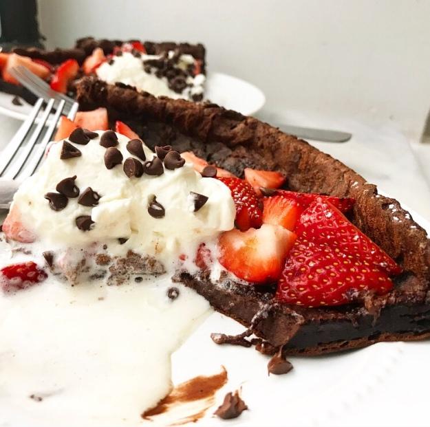 Chocolate Puff Pancake {Dutch Baby}
