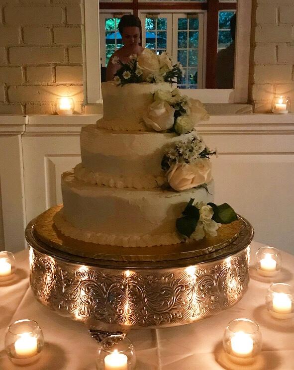 Let's Make a Wedding Cake, Vol. 3