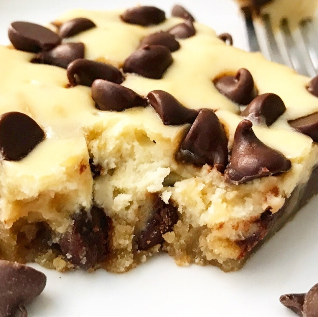 Cheesecake Blondies