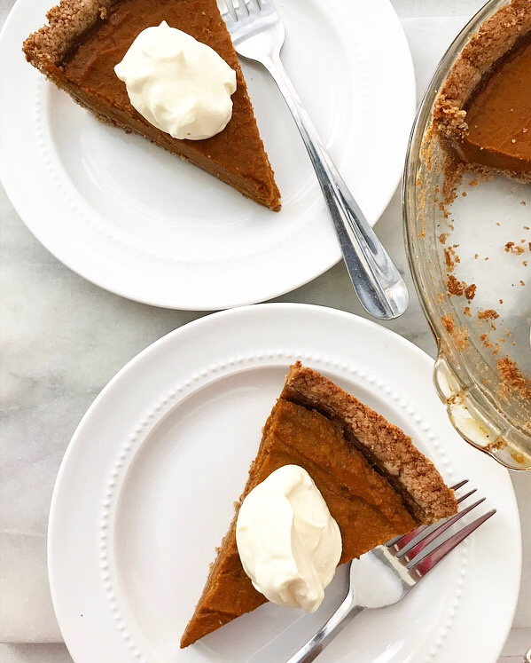 Pumpkin Pie with Toasted Pecan Crust {Vegan, Gluten-Free}