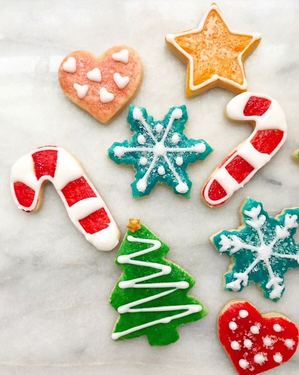 Hand-Painted Sugar Cookies {Kid-Friendly Cookie Decorating}