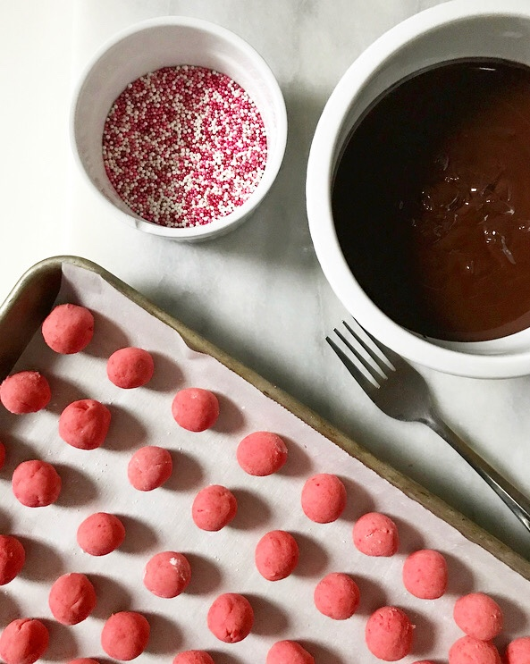 Chocolate-Covered Strawberry Buttercreams