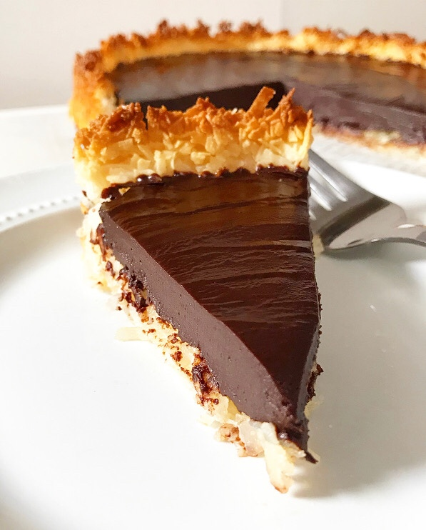Chocolate Macaroon Tart {Five Ingredients, Grain-Free}