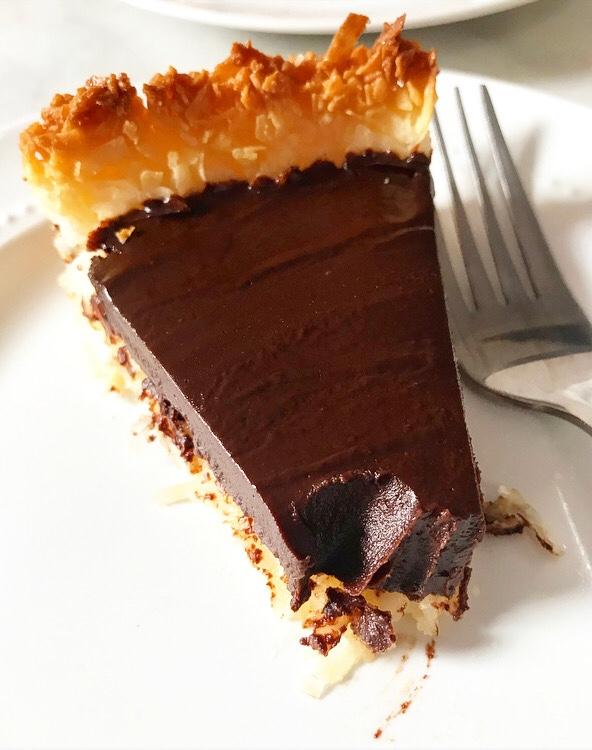 Chocolate Macaroon Tart {Five Ingredients, Grain-Free}