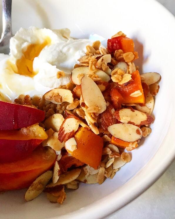 Peachy Keen Granola {Vegan & Gluten-Free}
