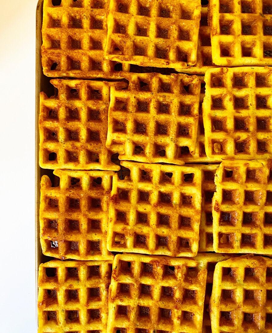 Cheddar Scallion Cornmeal Waffles {Gluten-Free}