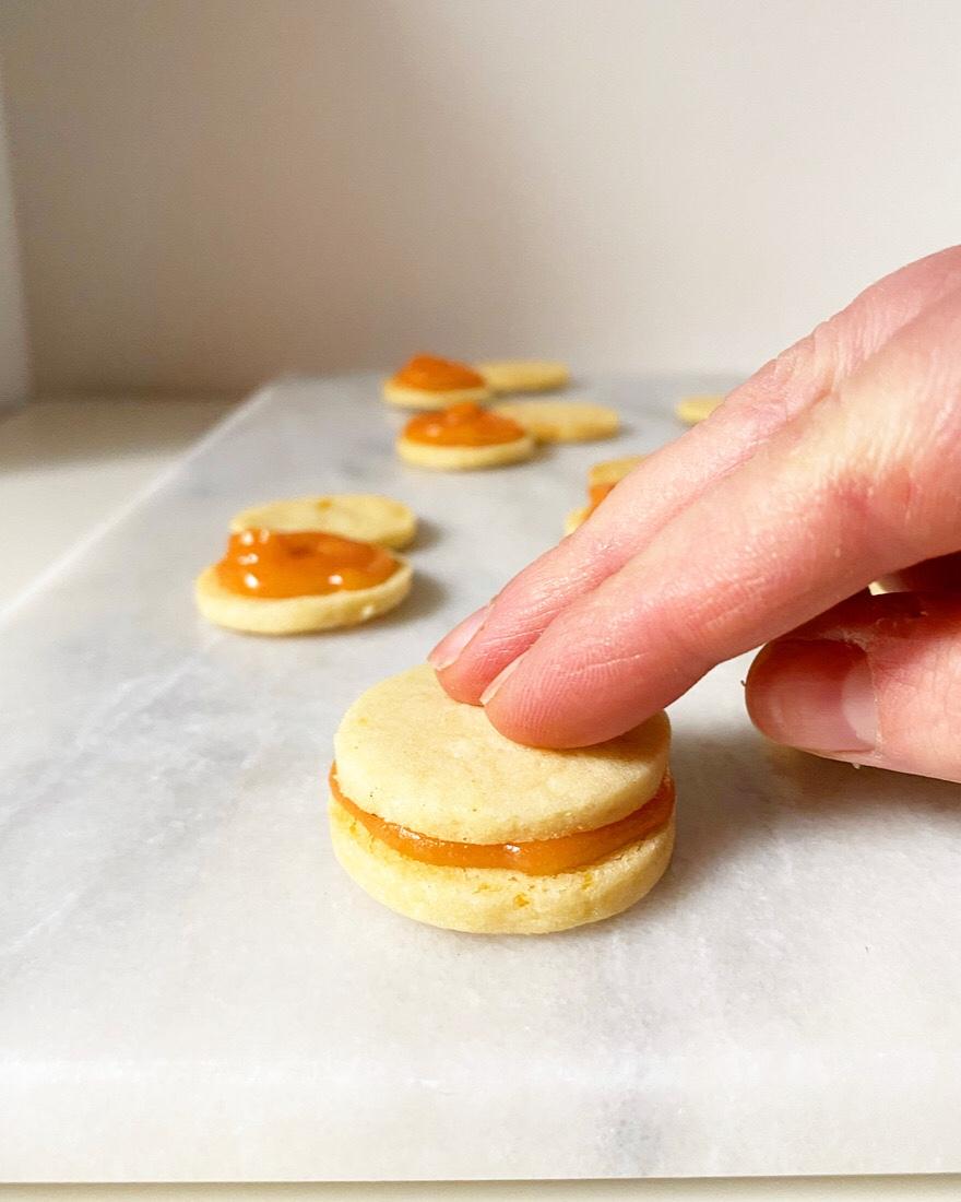 Grapefruit Sandwich Cookies