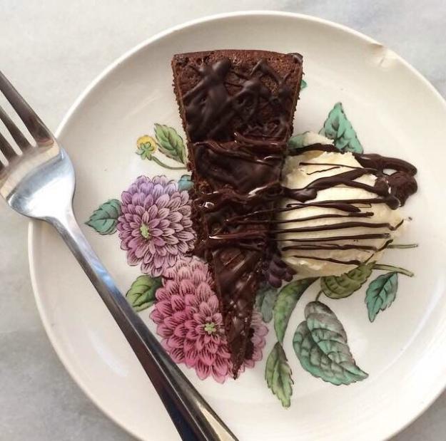 Friday Favorites: Flourless Baking