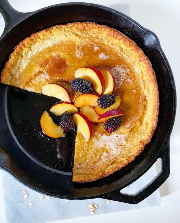 Oatmeal Puff Pancake {Gluten-Free Dutch Baby}