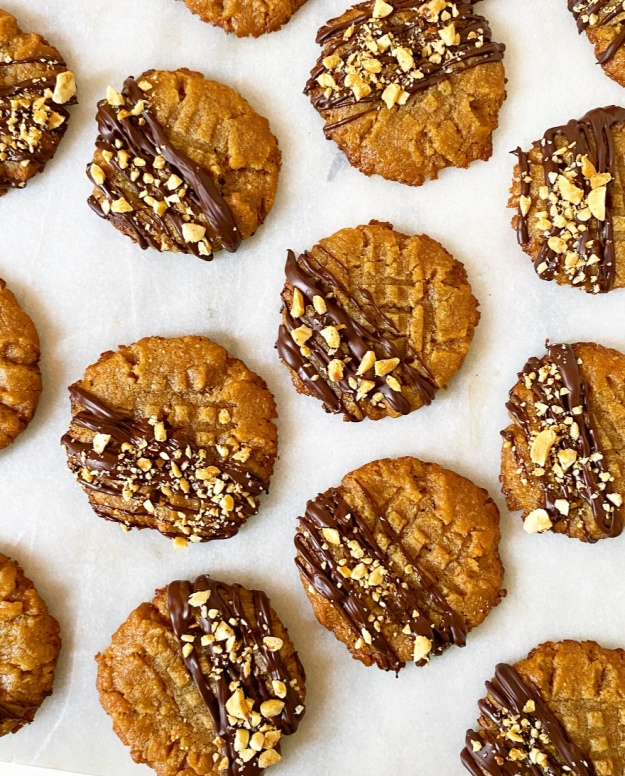 Peanut Butter Cookies {Vegan & Grain-Free}