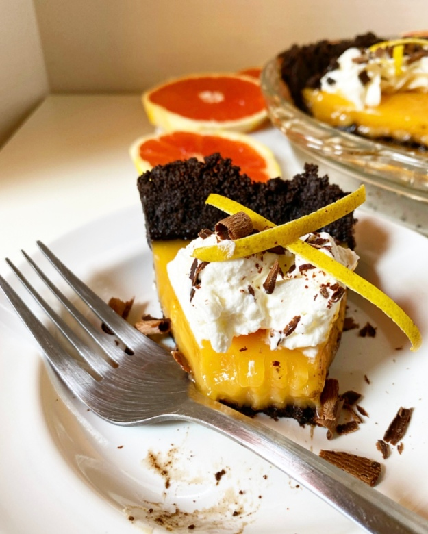 Grapefruit Pie with Oreo Crust
