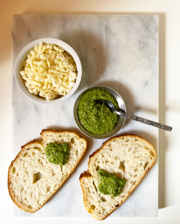 Pesto Mozzarella Grilled Cheese