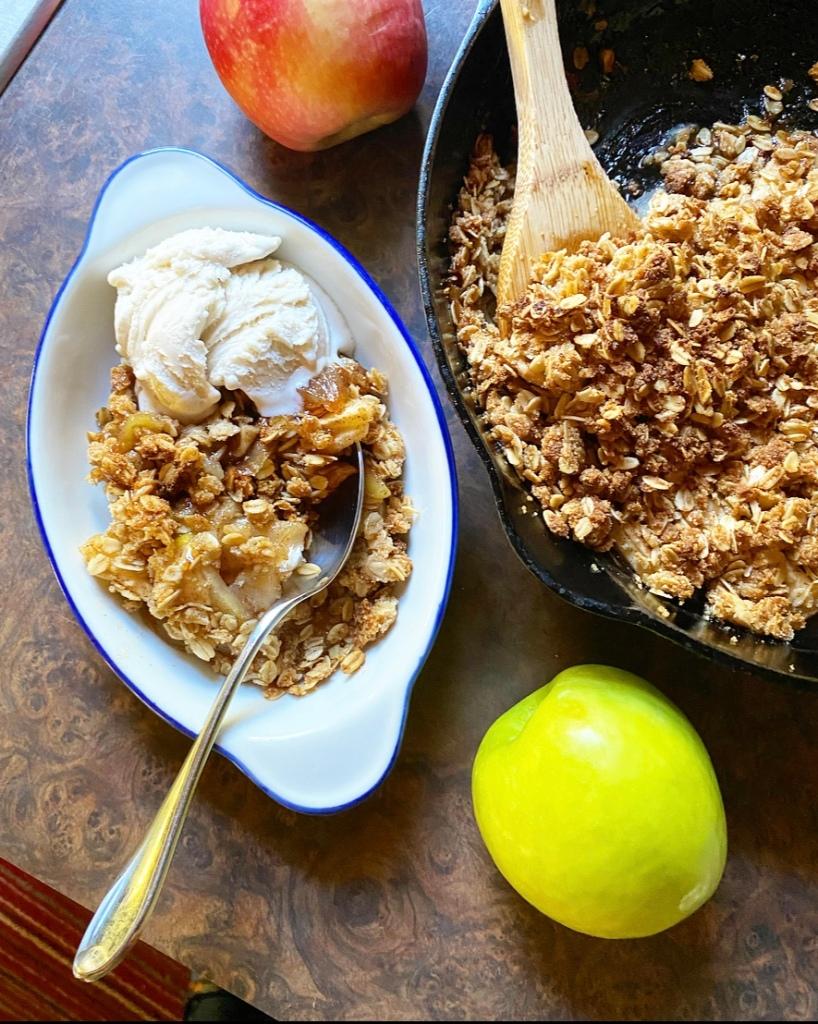 Vegan, Gluten-Free Apple Crisp